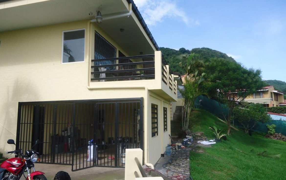 Escazu Mountain Home For Sale With Magnificent City Views