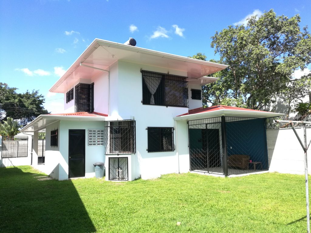Two story house for sale by owner in guapiles costa rica for 2 story homes for sale