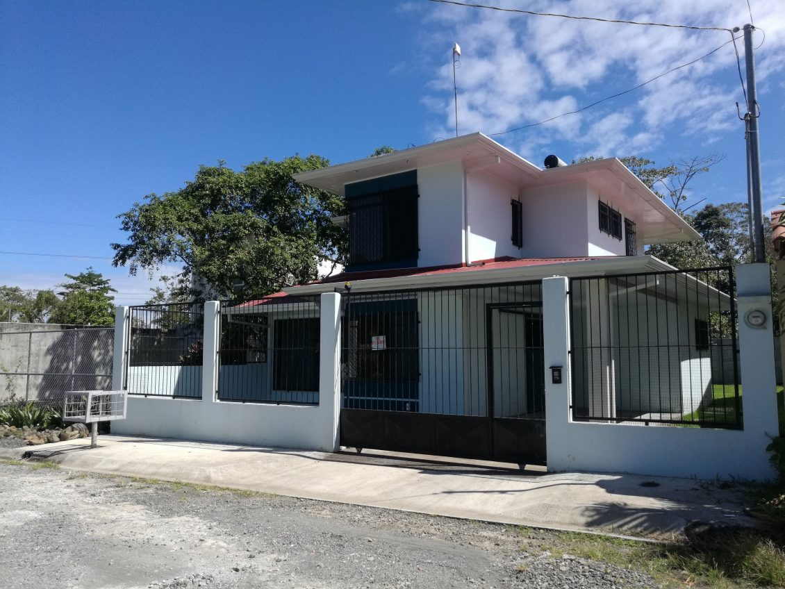 Two story house for sale by owner in guapiles costa rica for Two story houses for sale