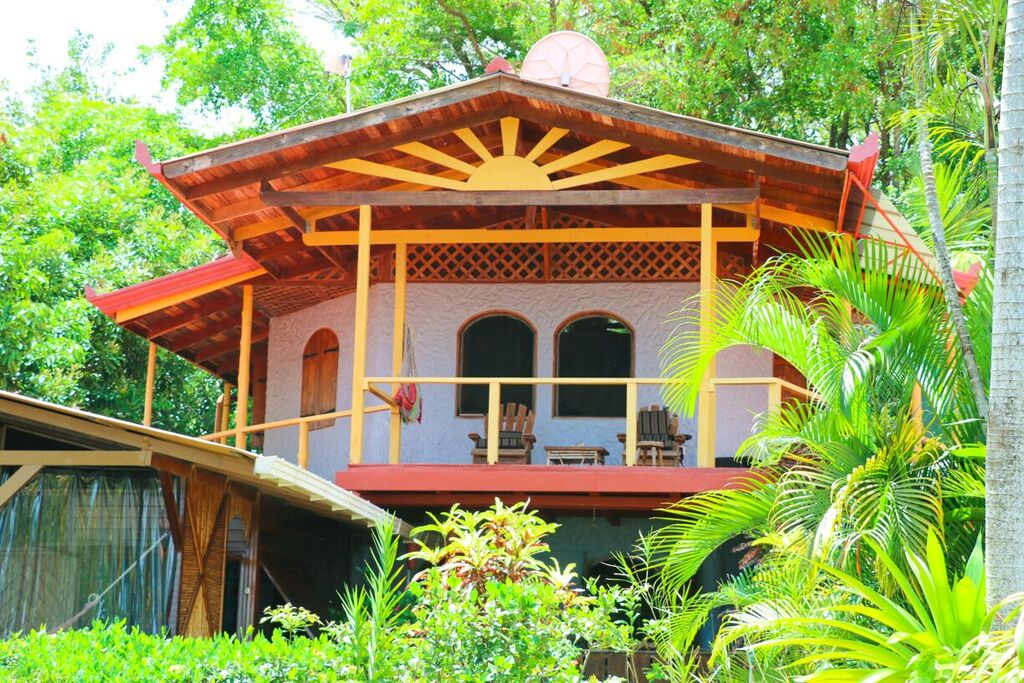 Pacific Edge Eco lodge Best Views Dominical