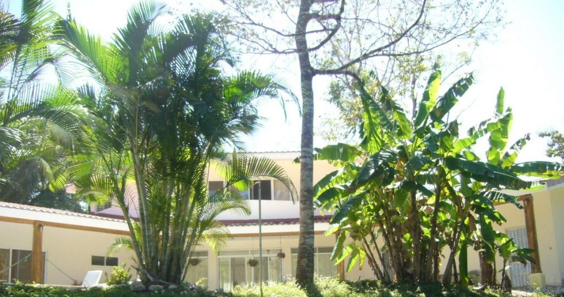 Eden de Pacifico Feature