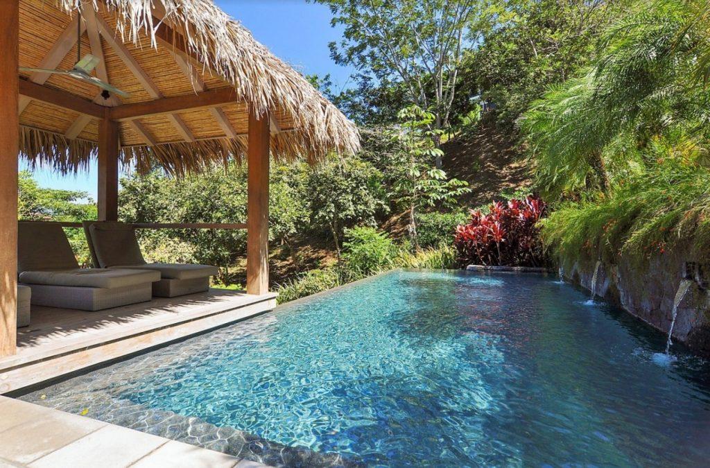 Luxury villa for sale in tamarindo with breathtaking ocean for Luxury villas in costa rica