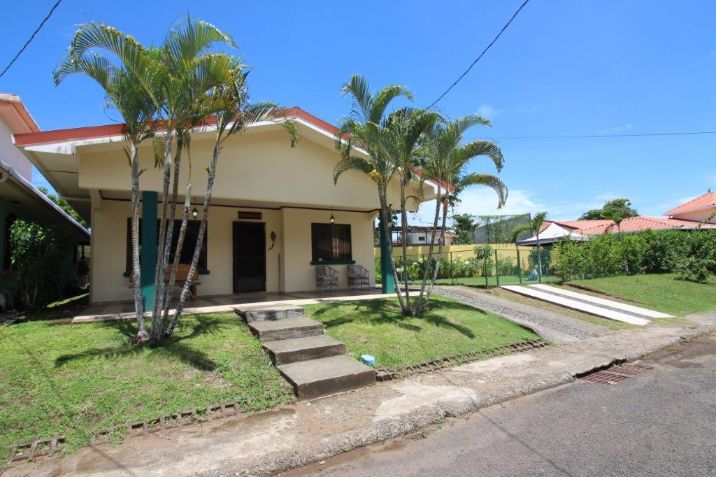 Adorable And Awesome 2 Bdrm 2 Bath Beach House Central Pacific