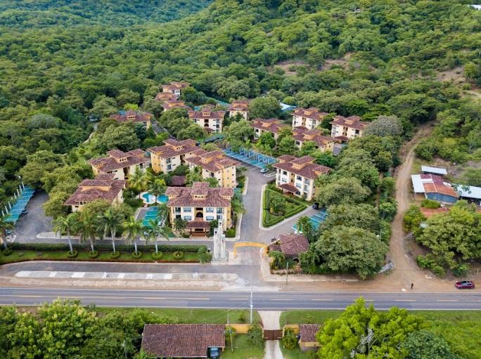 the oaks condo for sale in costa rica 1