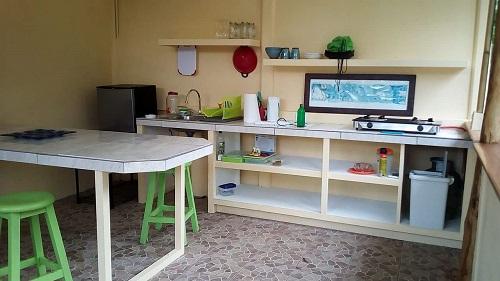 jungle gem 240000usd cassita kitchen